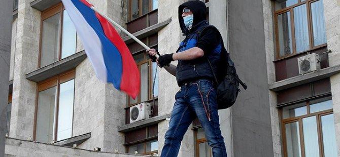 Rusya Donetsk'i Resmen İşgal Etti