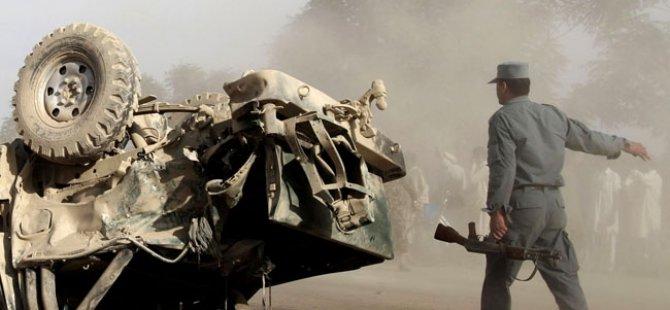 Afganistan'da Bombalı Saldırı: 15 Ölü