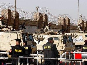 Mısır'da Darbe Karşıtı 21 Kişiye Dörder Yıl Hapis