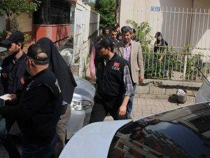 6 Polis Tutuklandı