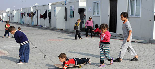 Türkiye 1 Milyondan Fazla Suriyeliyi Misafir Ediyor
