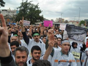 Kayseri'de Mısır Cuntasının İdam Kararlarına Protesto