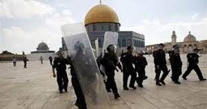 Haaretz: Aksa'ya Saldırmak Ateşle Oynamaktır