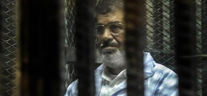 """Mursi'den Özgür Devrimcilere: """"Mücadeleye Devam!"""""""