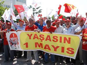 CHP 1 Mayıs'ta Taksim'e Çıkma Kararı Aldı