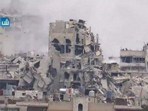 Esed Çetesi Camiden Çıkanları Bombaladı