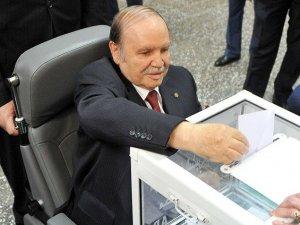 Buteflika'nın Yemin Törenine Boykot