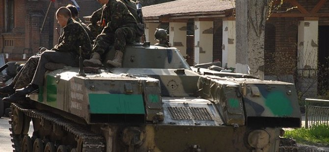 Rusya Ukrayna Sınırında Tatbikata Başladı