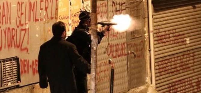 Polisten Molotofçuya: Gerizekalı Nereye Atıyorsun?