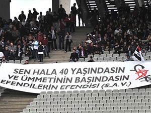 """Beşiktaşlı Taraftarlardan """"Kutlu Doğum"""" Pankartı"""