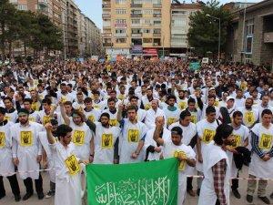 Elazığ'da İdamlara Karşı Kefenli Protesto Yürüyüşü