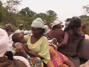 O. Afrika'da Onbinlerce Kişi Sığınacak Yer Arıyor