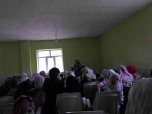 Has-Der'in Köy Seminerleri Devam Ediyor