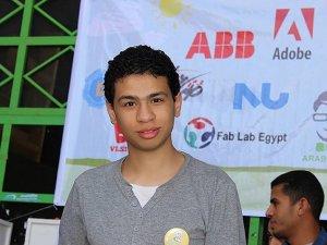 Mısır'da Rabia İşareti Yapan Liselilere Gözaltı