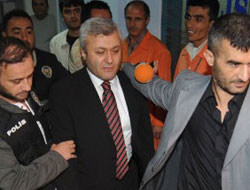 """Tuncay Özkan 'Örgüt' Yöneticisidir"""