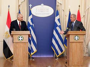 Yunan Hükümetinden Cuntaya Destek