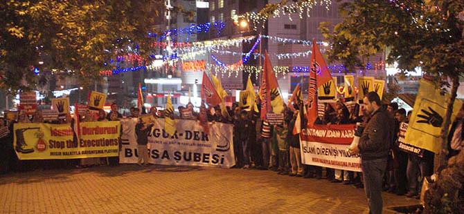 Bursa'da Toplu İdam Kararına Protesto