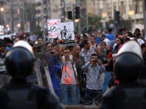 Mısır'da İdam Kararları Protesto Edildi
