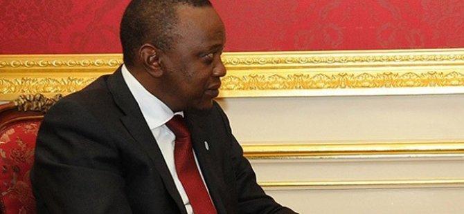 Kenya'da Uhuru Kenyatta Yeniden Seçildi