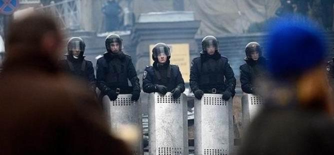 Ukrayna: Rusya ile Savaştayız