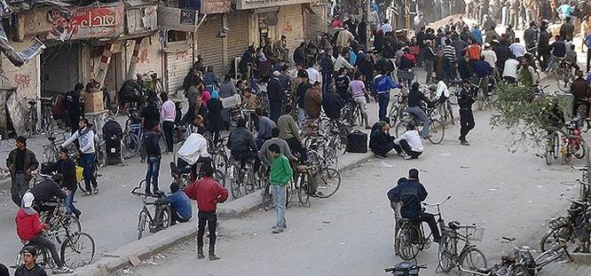 Muhalifler Humus'tan Çıkıyor