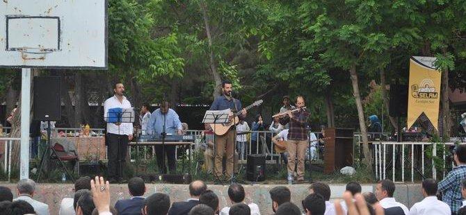 Grup Yürüyüş Diyarbakır Farabi İmam Hatip Lisesindeydi