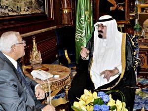 Riyad'dan Mısır Cuntasına Bedava Petrol