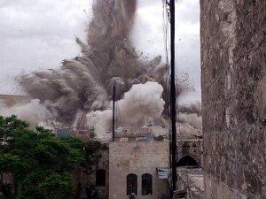 Esed Güçlerinin Saldırılarında 80 Kişi Katledildi