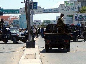 Somali'de Bombalı Saldırı: 17 Ölü, 20 Yaralı