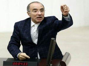 CHP'li Milletvekili Mevlüt Aslanoğlu Hayatını Kaybetti