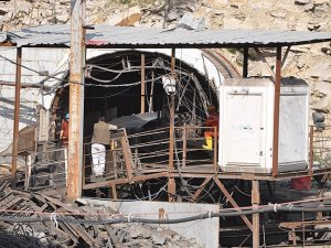Soma'da Yer Altındaki İşler Durduruldu