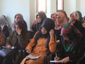Özgür-Der Üniversite Gençliği 'İlkeler ve Hareket'i Konuştu