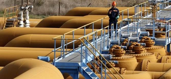 Gazprom: Rus Petrolü Türkiye'den Akacak!
