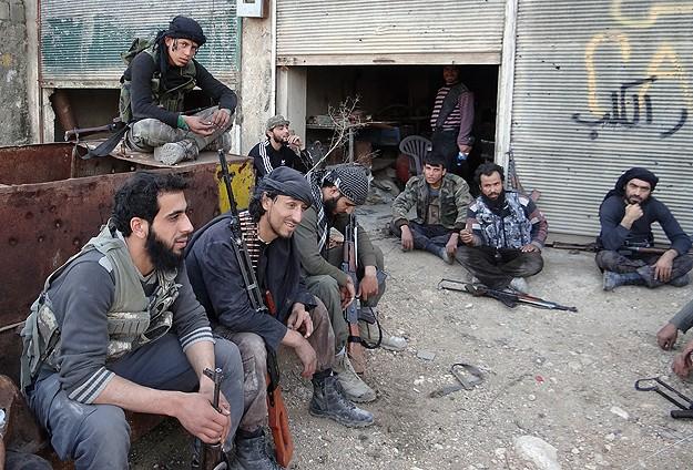 """Suriye'de Muhaliflerden """"Ortak Operasyon Birimi"""""""