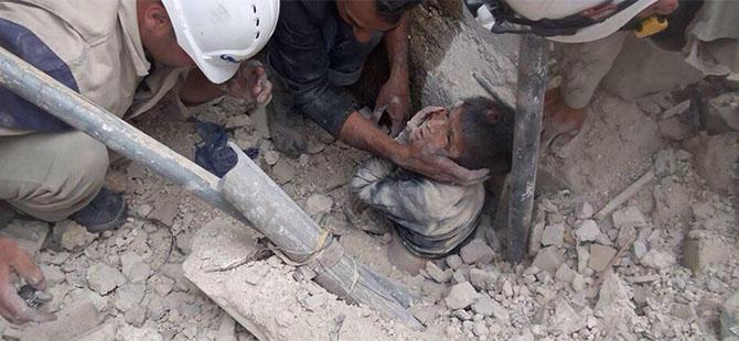 Halep'te Yine Bombardıman: 22 Ölü (VİDEO)