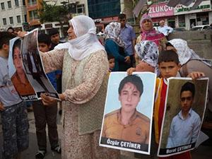 Diyarbakır'da Darp Edilen Ailelere İslami Kurumlardan Ziyaret