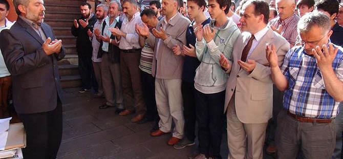 Zonguldak'ta Uğur Söylemez İçin Gıyabi Cenaze Namazı