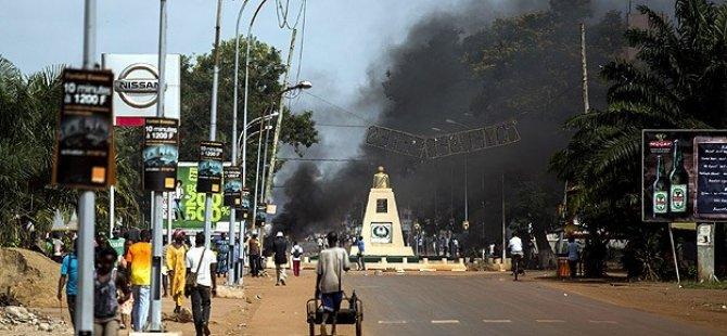 Bangui'deki Piskoposluğa Saldırıda 17 Kişi Öldü