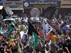 Lübnan'da Suriye Devlet Başkanlığı Seçimi Protesto Edildi