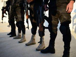 Pakistan'da Taliban Savaşa Hazırlanıyor