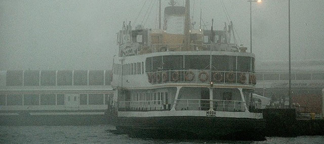 İstanbul'da Tüm Vapur Seferleri İptal Edildi
