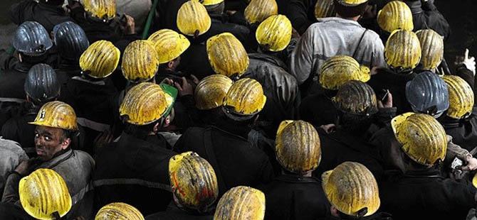 Maden İşçileri Kendini Ocağa Kapattı