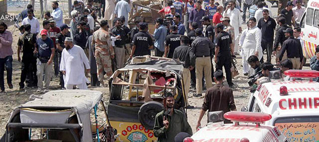 Pakistan'da Yola Döşenen Mayın Patladı: 8 Ölü