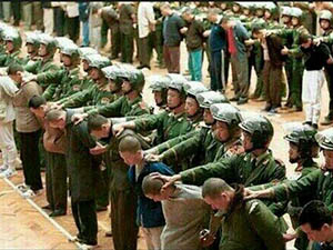Çin'den 12 Müslüman Uygur Türkü'ne İdam Cezası