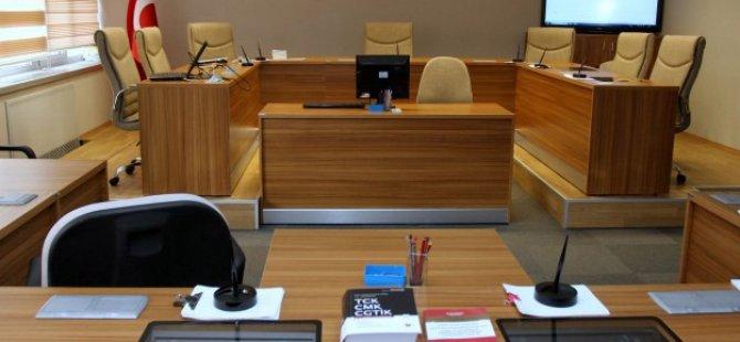 Belediyelerdeki Eş Başkanlık Uygulamasına Durdurma