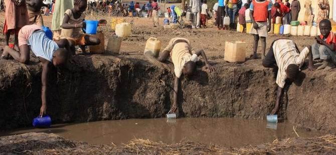 Sudan'da Kamplardaki Vatandaşlara Evlerine Dönün Çağrısı