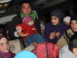 Af Örgütü: Lübnan Suriyeli Mültecilerin Girişini Engelliyor