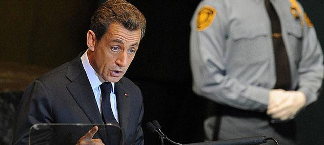 Sarkozy: Shengen Öldü