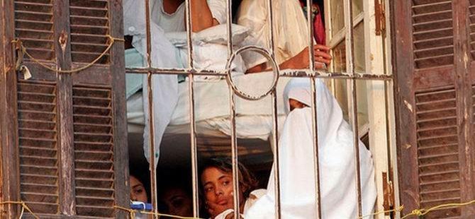 Mısır'da Tutuklu Kadınlara Taciz İşkencesi