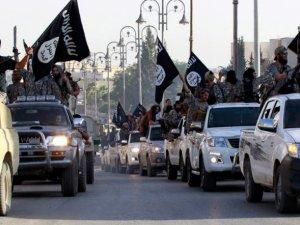 IŞİD Irak-Suriye Sınırını Ortadan Kaldırdı